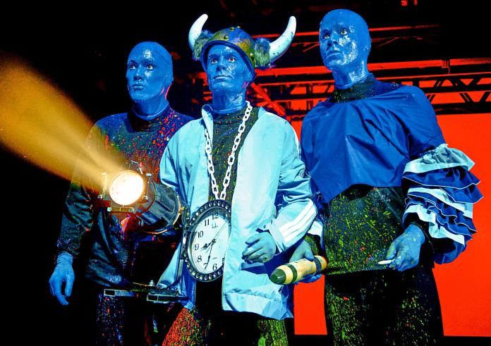 Blue Man Group In Berlin Top Angebot Das Kannst Du Nicht Nein Sagen