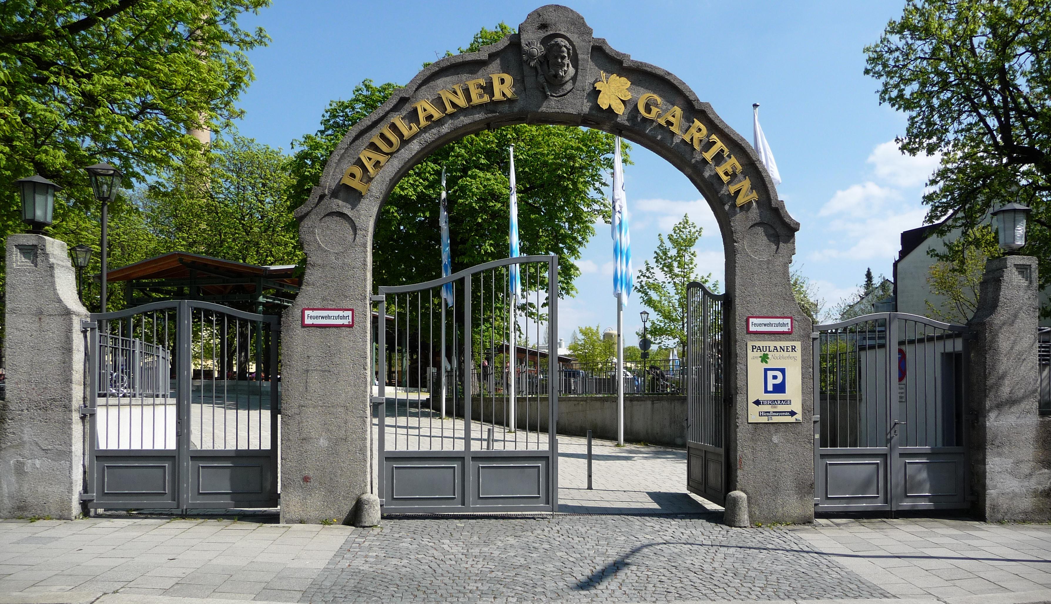 Welche sind die besten Biergärten in München? Schau mal