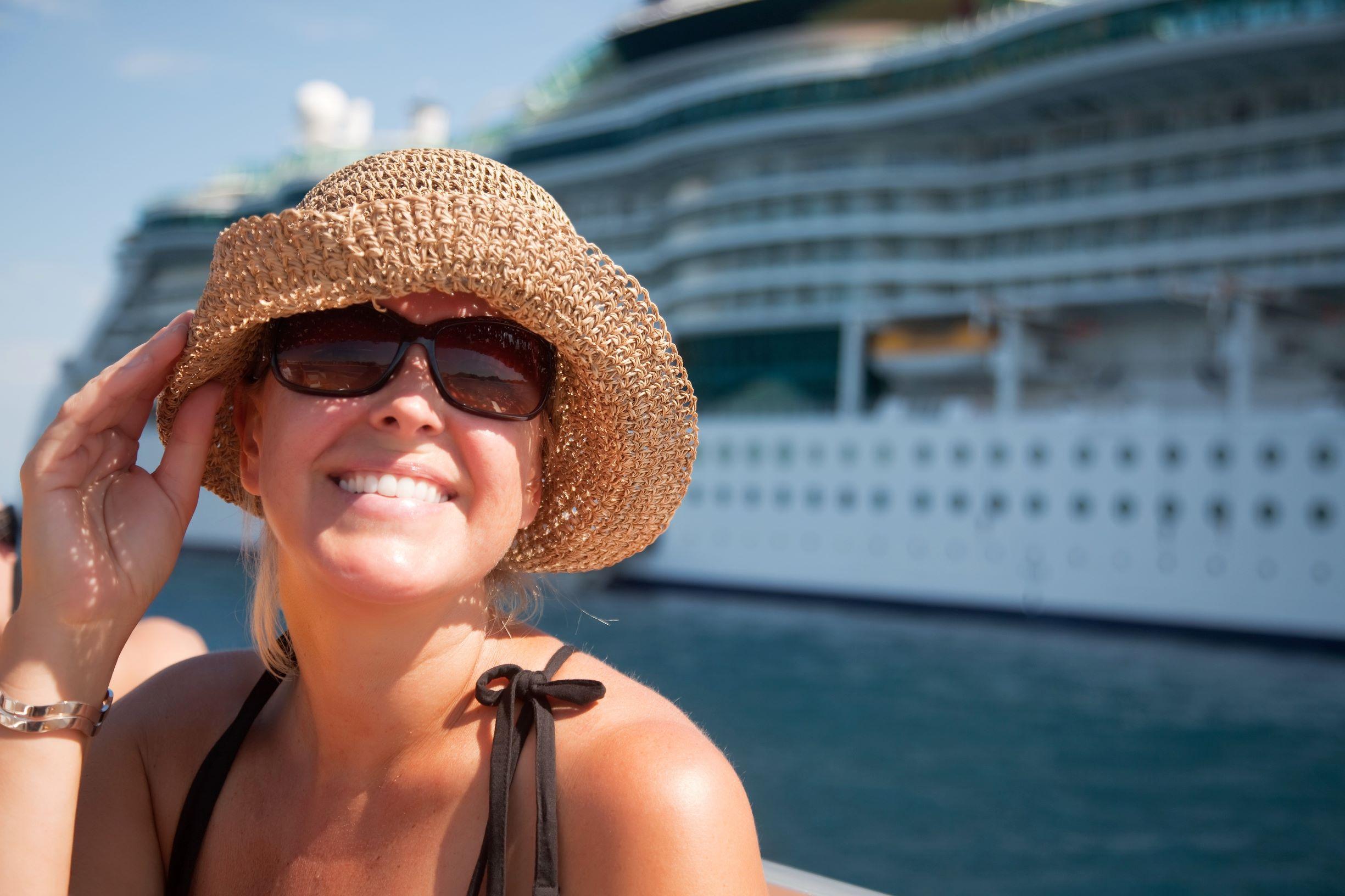 Die besten Kreuzfahrt Angebote findest Du bei urlaubsrosi. Egal ob AIDA, MSC oder Mein Schiff